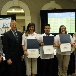 Kentucky Society representatives present PEAK 2nd place awards